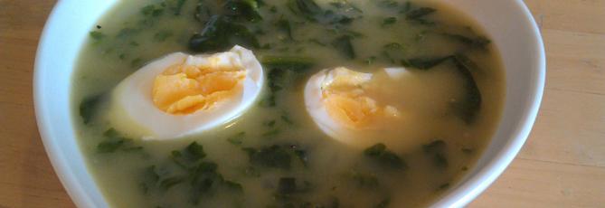 Spinatsuppe med egg